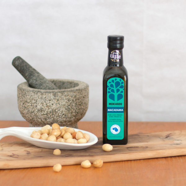 Macadamia-Oil-1-Lifestyle